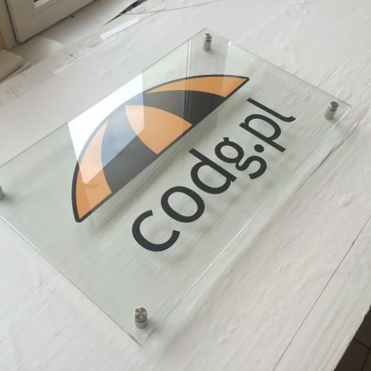 Tabliczki informacyjne szklane – CODG Kłodzko